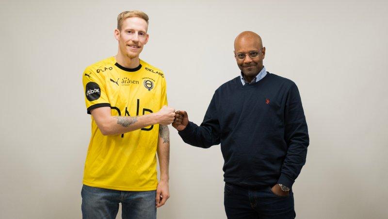 GLEDER SEG: Gjermund Åsen og Simon Mesfin.