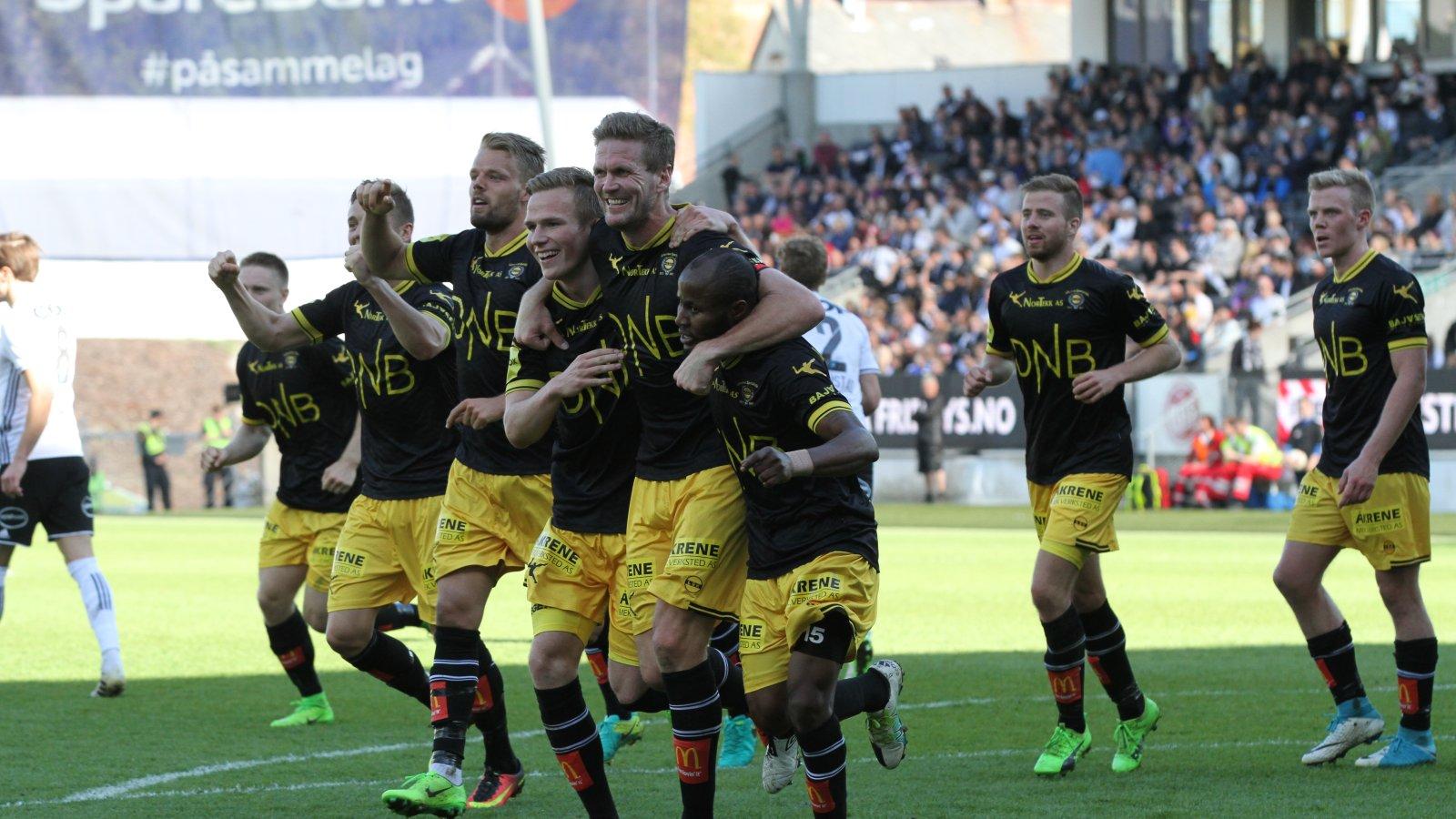 Jubel etter scoring mot Rosenborg