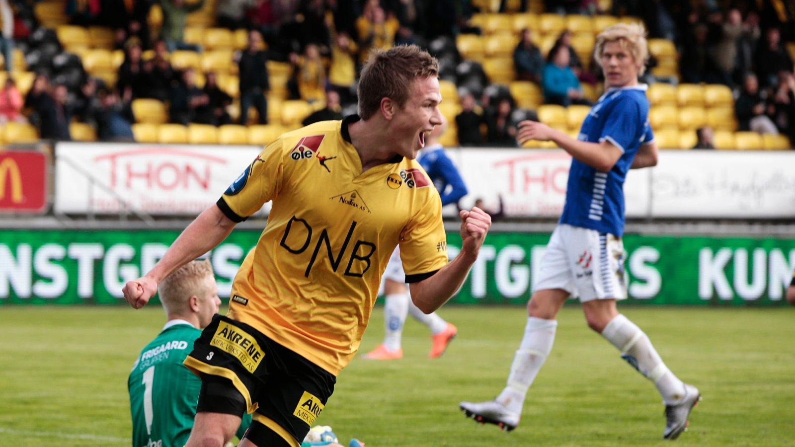 Simen Kind Mikalsen scorer mot Sarpsborg 08