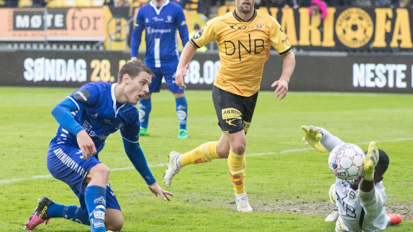 Mats Haakenstad og Arnold Origi mot Sarpsborg 08