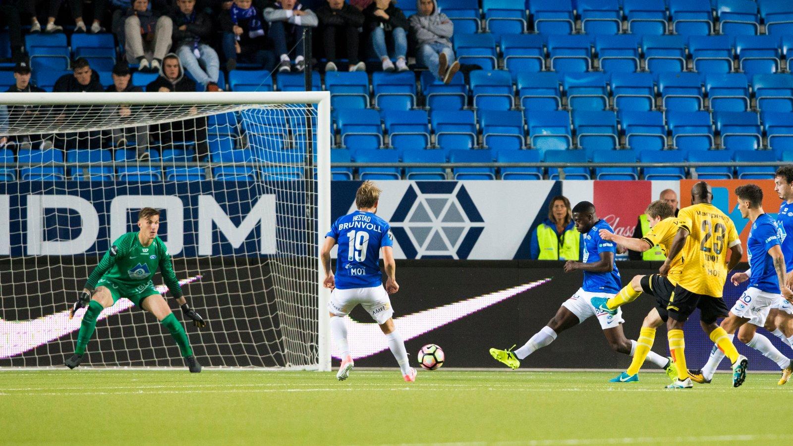 Simen Kind Mikalsen scorer mot Molde
